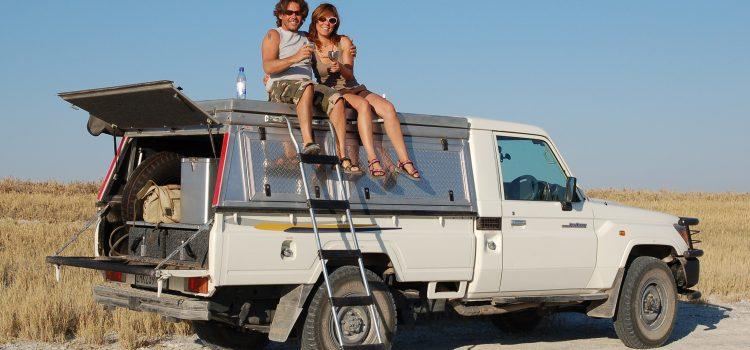Toyota Landcruiser Camper (2 pax)